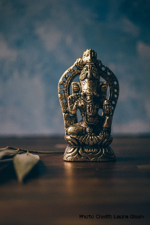 how to make a home altar for yoga practice